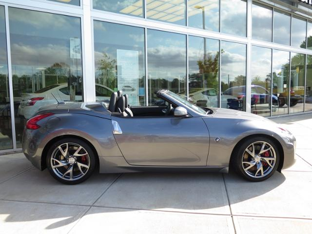 New 2016 Nissan 370Z Touring Sport With Navigation